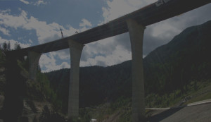 lafarge-built-park-bridge-in-golden-bc-2