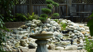 residential-landscape-design-with-stones-in-vancouver-bc-5